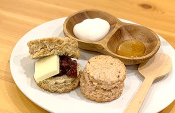 湊川キッチン〜その⑤〜 ナチュラルでオシャレなカフェでのんびり♪代名詞の「スコーン」はぜひ食べたい逸品!