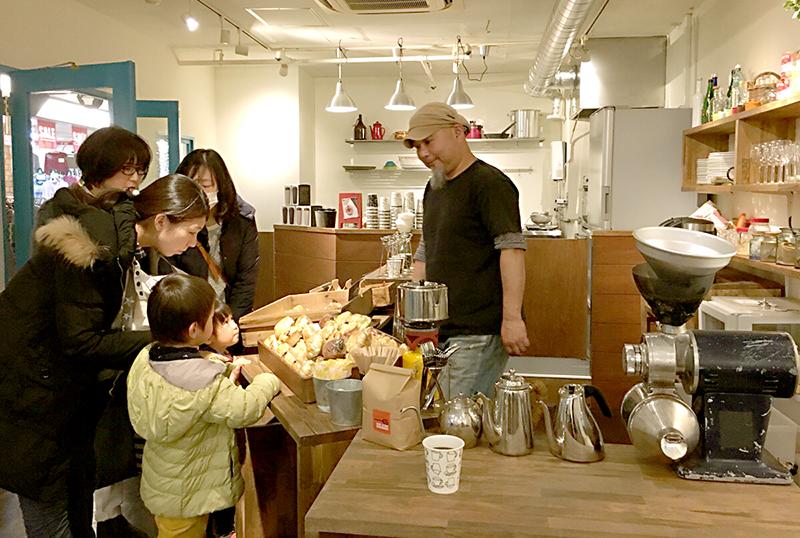 """湊川に""""日替わりカフェ""""がオープン!オシャレな空間に様々なお店が出店します"""
