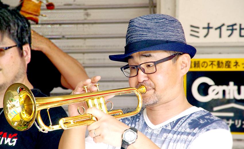 ジャズの音色に酔いしれて…湊川のまちが、いつもと違うステキな午後のひとときに♪