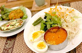 湊川キッチン〜その③〜 本格的なタイ料理を湊川で♪異国文化のオシャレなカフェ
